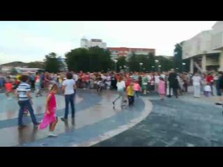 Открытие нового фонтана на площади Юности