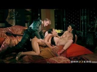 Ayda Swinger & Romi Rain - Queen Of Thrones: Part 3 (Game Of Thrones A XXX Parody) [Brazzers]