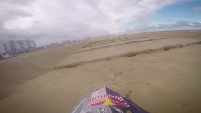 Jonny Walkers GoPro View of the Red Bull Knock Out Beach Track