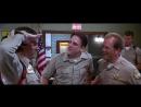 Дуфи в полицейском участке Очень страшное кино