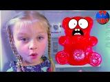 BAD BABY Видео для детей! Взрыв в квартире Кто в живет холодильнике  Медведь в гостя ...