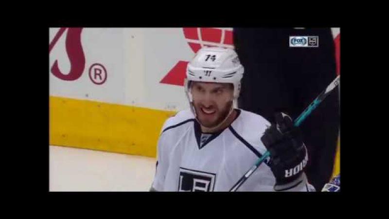 Dwight King Scores on Jhonas Enroth | Kings Lead Maple Leafs 7-0