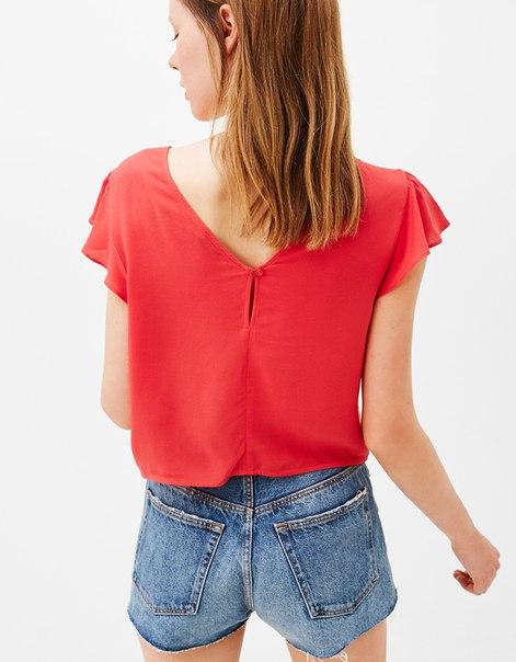 Блуза с узлом и рукавами-крылышками