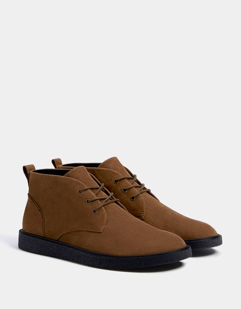 Мужские ботинки со шнуровкой и контрастной подошвой