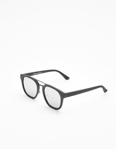 Очки в прорезиненной оправе