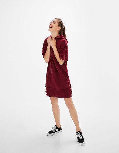 Платье с бантом по низу