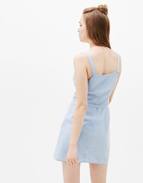 Платье на бретелях изо льна