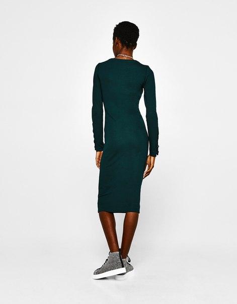 Платье миди со шнуровкой на рукавах