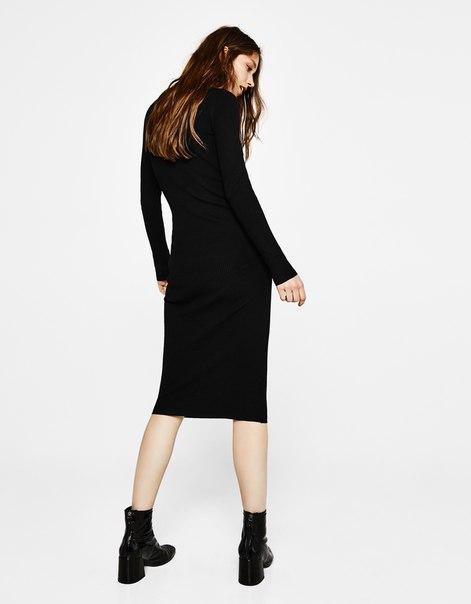 Платье миди из трикотажа в рубчик