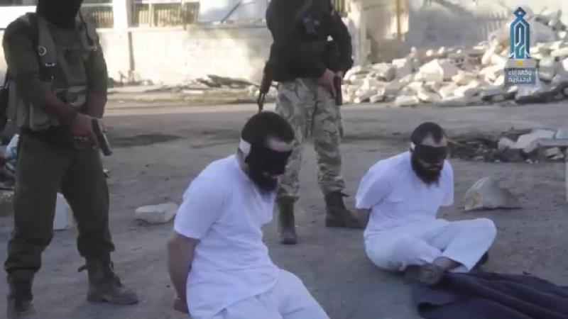 Боевики Тахрир аш-Шам нашли, осудили и казнили террористов ИГ, которые были причастны к теракту в Идлибе.