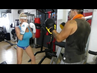 My first - fitness - female boxing class Krisztina Sereny