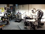 Robots play speed metal m