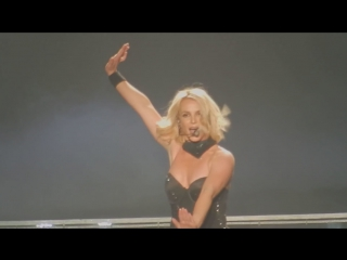 Бритни Спирс (Britney Spears) – ...Baby One More Time - Oops!...I Did It Again (28 октябрь 2015)