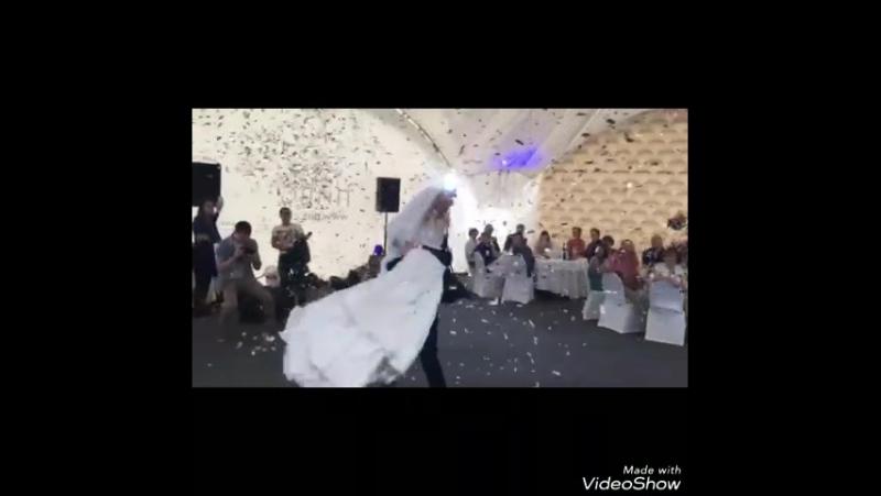 Video_20170720205548357_by_videoshow