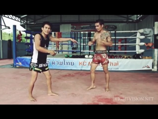 Flying Knee. Muay Thai techniques Demonstration by KC Muay Thai Chiang Mai