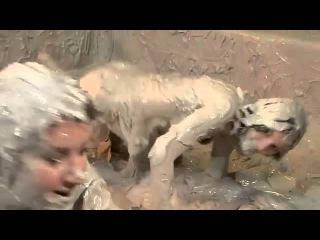 Nude Fight Club Mud Wrestling Çamur Güreşi Part 2