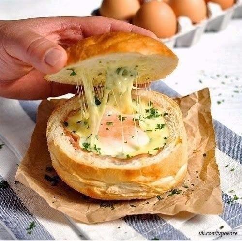 Горячие булочки с яйцом, сыром и ветчиной Быстро.