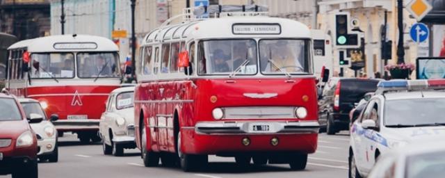 В Петербурге пройдет парад ретротранспорта  21 мая в Санкт-Петербурге пройдет очередной парад ретро-транспорта.