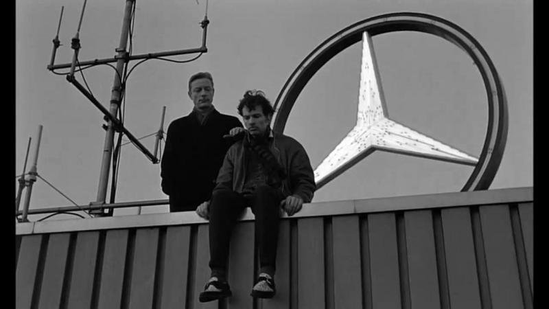 Небо над Берлином (1987) » Freewka.com - Смотреть онлайн в хорощем качестве