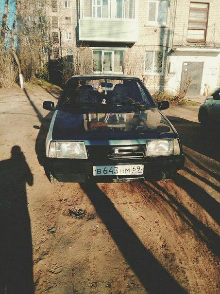 Продаётся ВАЗ 2109, 2000г., карбюратор, машина на ходу, езжу каждый де