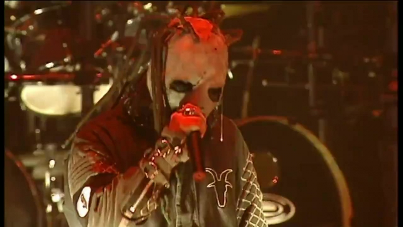 Slipknot - Spit it out (Live in London, 02.02.2002)