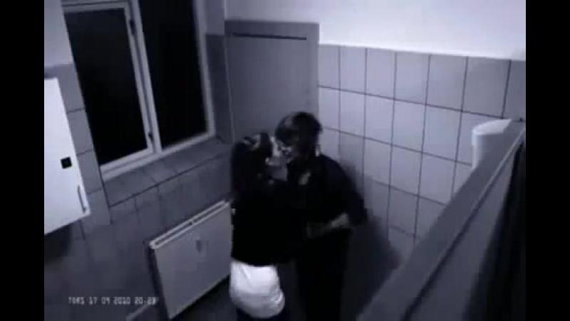 Il-refuse-d-embrasser-une-fille-et-se-fait-frapper