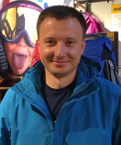 Олег Моховиков