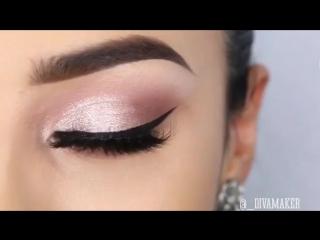 Крутой макияж со стрелками