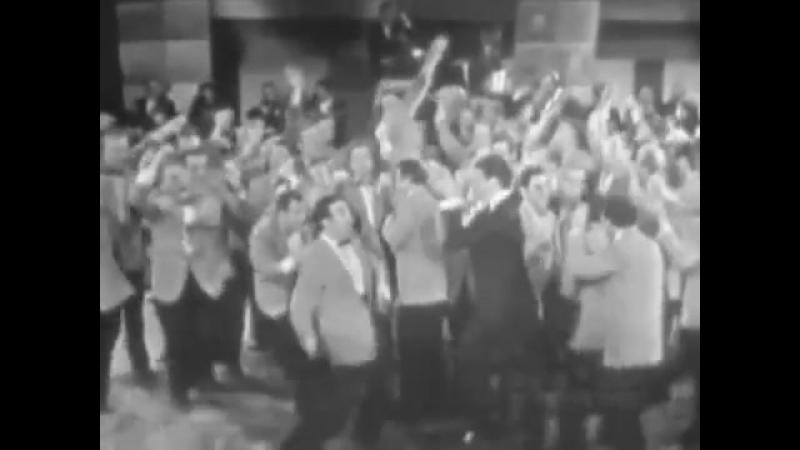 JERRY LEWIS - Dean Martin Jerry Lewis - Sometimes Im Happy (1955)