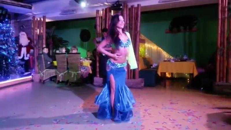 корпоративчик вресторан Тропік, Ната Тамані , танець живота зі змією та залучен 4080