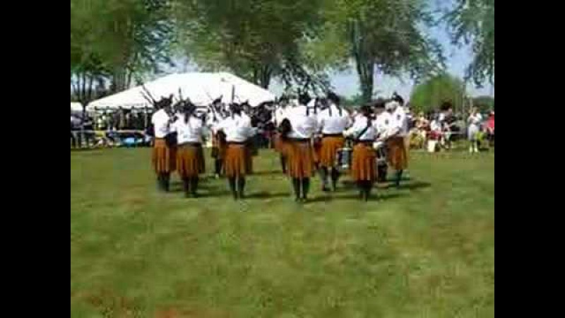 Brian Boru Irish Pipe Band at Minnesota Scottish Fair - Bagpipes