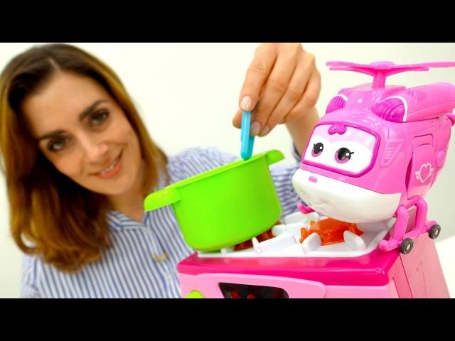 Videos mit PlayDoh Knete: eine Tomatensuppe für Dizzy 💫 und Gidget 🐩 Kneten mit Sharon