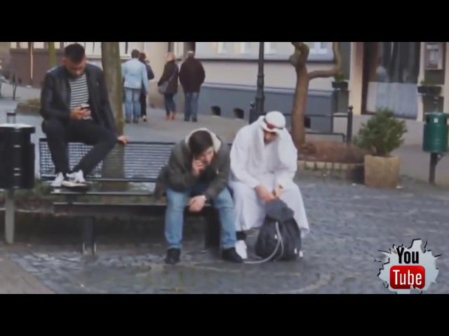СТРАШНЫЕ РОЗЫГРЫШИ НАД ЛЮДЬМИ! Араб с бомбой! Лучшие пранки 2017 PRANKS