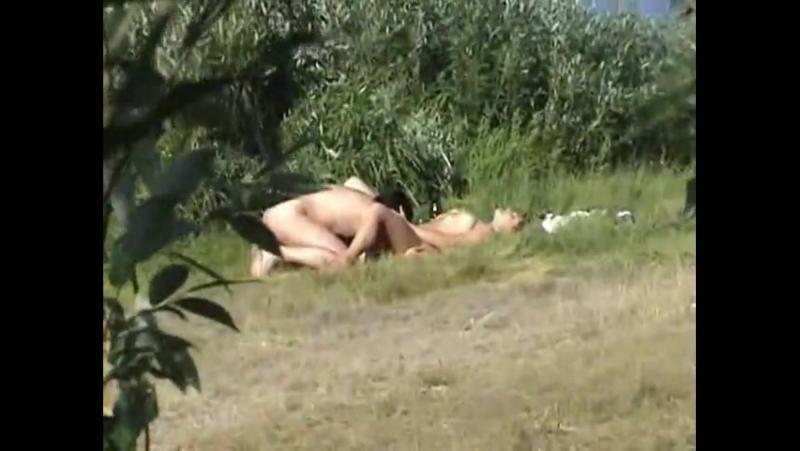 Лесу камерой на секс скрытой