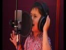 Джурабек Джураев (4 года) поет песню - чаки-чаки борони бахор1