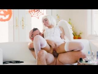 seks-s-angelochkami