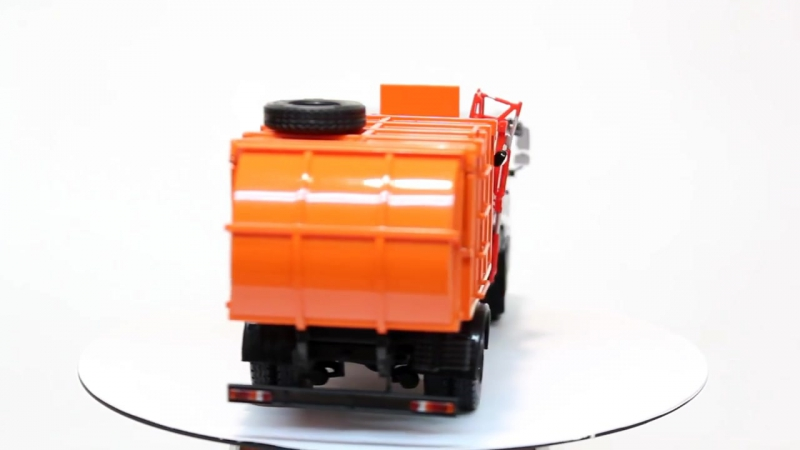КАМАЗ 43253 МКМ-4503 мусоровоз.mp4