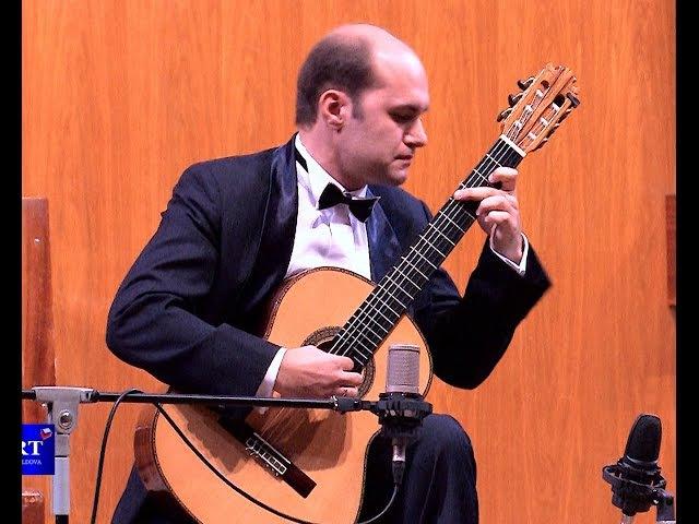 Всемирно признанный гитарист-Ровшан Мамедкулиев дал единственный сольный концерт в Кишиневе