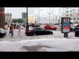 ВСанкт-Петербурге выпал град. Нагородских улицах появилась небольшие сугробы. Новости. Первый канал