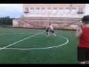 схватки сумо в кругу футбольного поля заступил за круг первым проиграл коснулся чем то поверхности первым кроме стоп проиграл