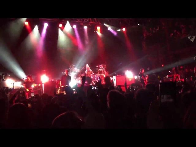 Evanescence - Bring Me to Life live at The Fillmore Silver Spring, Silver Spring, 18 November, 2016