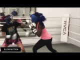CRIS CYBORG VS CLARESSA SHIELDS IN A WAR !!!  SPARRING