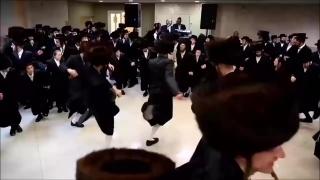 Евреи танцуют (1)