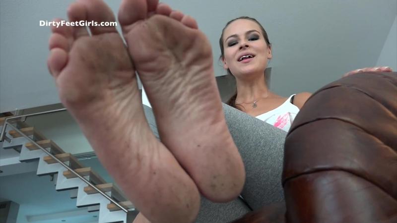 Foot fetish femdom foot fetish trampling facesitting piss scat footjob ballbusting farting spitting socks coons