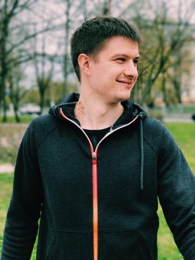 Дмитрий Жарин