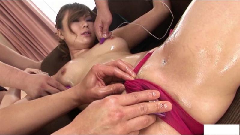 Порно извращения над японками