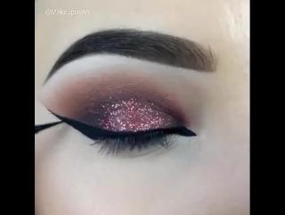 Эффектный макияж