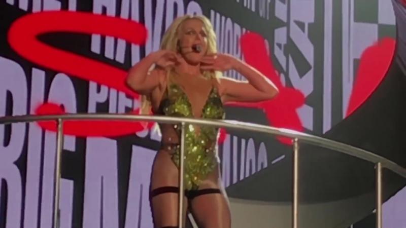 Britney Spears - Peace Of Me (Japan, Osaka)