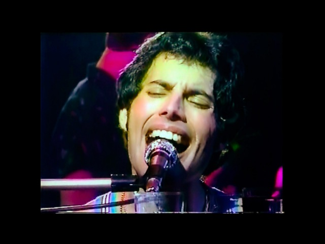 Queen - Bicycle Race (Live In Tokyo 1979 - Remastered)