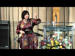 МадленХайдарова08 03 2012 Женщина,тыличность! Женская КонференцияHD